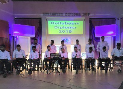 8 studenten kregen hun diploma op 30 november